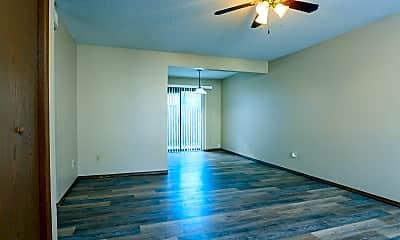 Living Room, 1125 W Merton St, 1