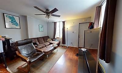 Living Room, 1843 Cedar St, 2