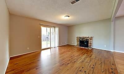 Living Room, 2036 Bluebird Way, 1