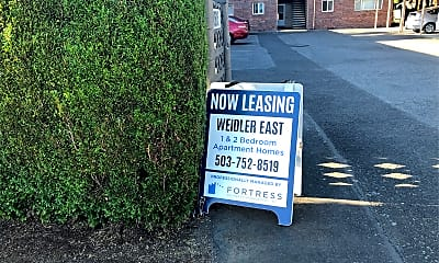 Weidler East, 1