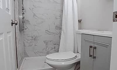 Bathroom, 2513 N Garnet St, 1