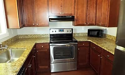 Kitchen, 21 Idylwood Drive, 2