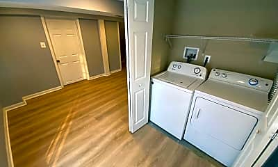Bathroom, 623 Marcia Ln, 2