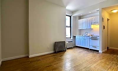 Living Room, 11 E 32nd St 11D, 2