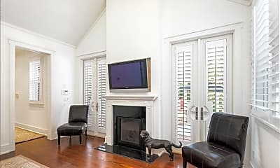 Living Room, 245 Broad Ave S, 1