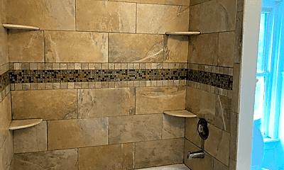 Bathroom, 1042 Mason Ave, 2