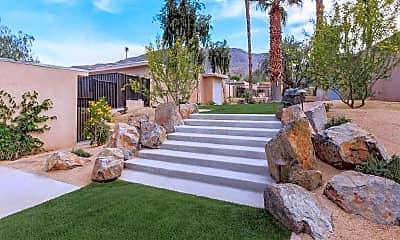 Landscaping, Riverwalk Luxury Living, 0