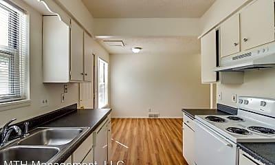 Kitchen, Alton Duplexes - Fryar Family 716, 718, 722, 724 Alton, 1