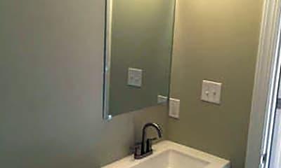 Bathroom, 133 W Tulpehocken St, 2
