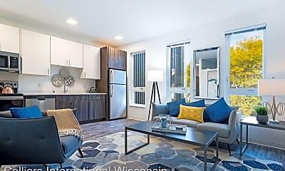 Living Room, 2900 N Oakland Ave, 0