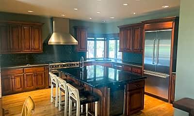 Kitchen, 61475 Tam McArthur Loop, 1