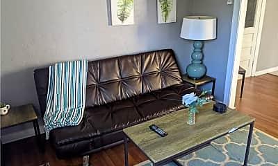 Living Room, 122 Parker St B, 1