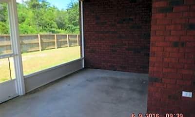 Patio / Deck, 423 Parish Loop, 2