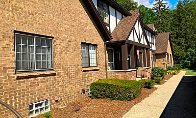 Building, 1107 Indianwood Trail, 1