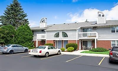 Building, Foxcroft Apartments, 0