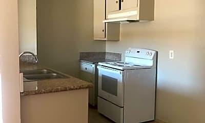 Kitchen, 8207 Langdon Ave, 2