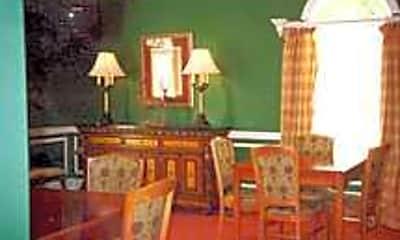 Morgan Manor, 2