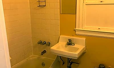 Bathroom, 1176 University Ave, 2