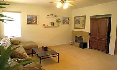 Living Room, 717 Via Barquero, 1