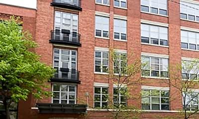 Building, 1735 N Paulina St 206, 0