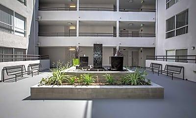 Building, The Toluca Lofts, 0