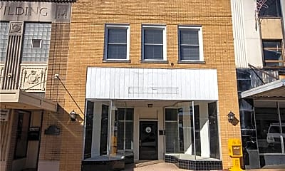 Building, 916 West Ave NW, 0
