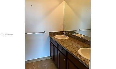Bathroom, 14669 SW 9th St, 2