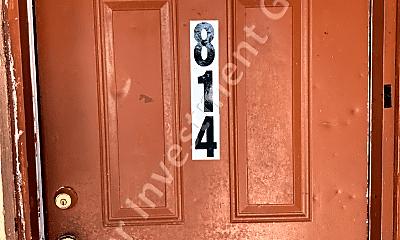 822 Douglas St, 0
