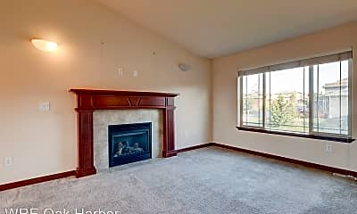 Living Room, 918 Cove View Cir, 1