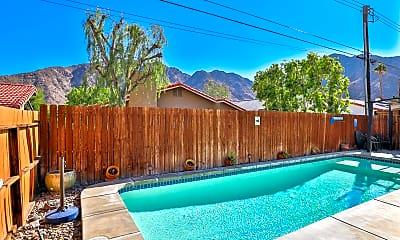 Pool, 53390 Avenida Navarro, 1