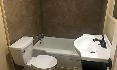 Bathroom, 1410 Roberts Ave, 2