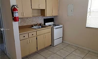 Kitchen, 934 NW 103rd St, 0