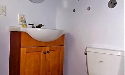 Bathroom, 1215 Ohio St, 2