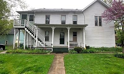 Building, 318 Maple St, 0