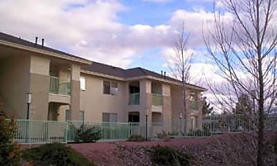 Sagewood Apartments, 1