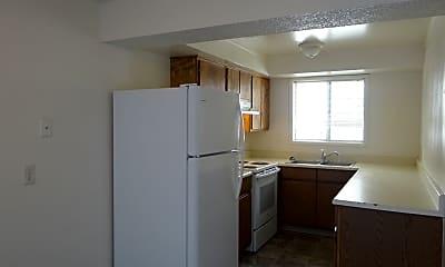 Kitchen, 700 1st St, 1