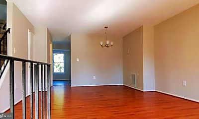 Living Room, 840 Ivy League Ln 4-22, 1