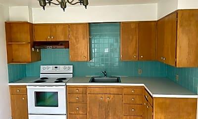 Kitchen, 2410 Humboldt St, 2