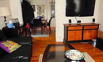 Living Room, 11 Porter St, 2