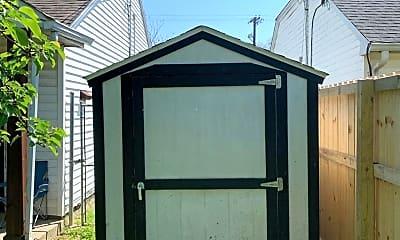 Bathroom, 1108 Clay St, 2