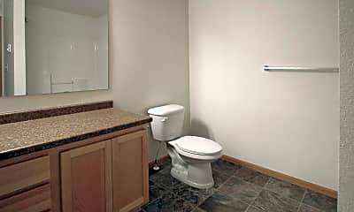 Bathroom, Ravenwood Apartments, 2