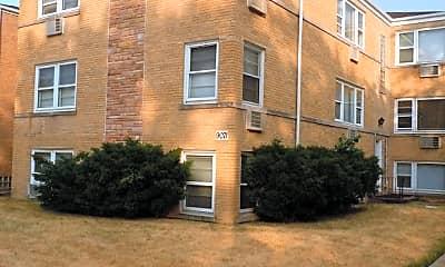 Building, 9071 Gross Point Rd 2E, 0