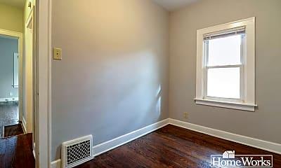 Bedroom, 226 Altgeld St, 2