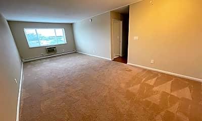 Living Room, 4960 Ridge Ave 404, 1