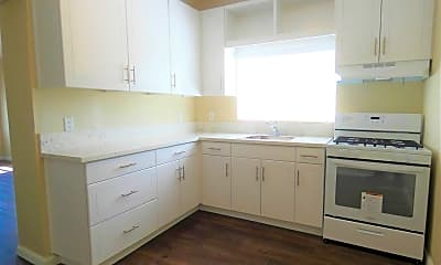 Kitchen, 2165 Earl Ave, 1
