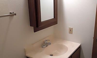 Bathroom, 307 11th Ave NW, 2