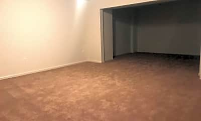 Living Room, 217 Merrill Ct, 2