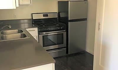 Kitchen, 1006 S Orange Dr, 1
