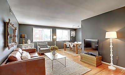 Living Room, 1005 N Glebe Rd, 1