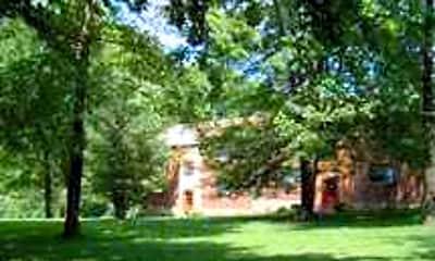 Eden Woods Cottage Apartments, 1